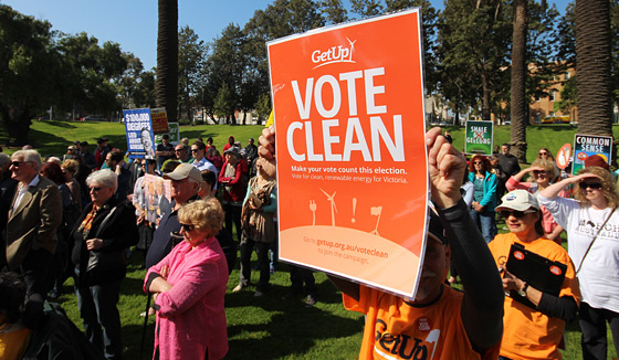 vote-clean-sign_IMG_4216_560